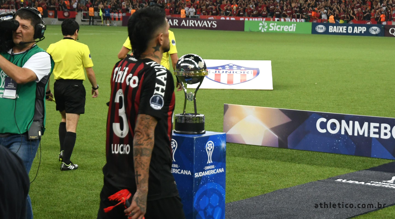 4ca55e502 Athletico Paranaense – Site Oficial » Lucho conquistou o 25º título ...