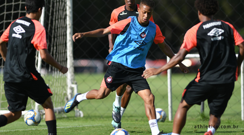 dad4bda80 Athletico Paranaense – Site Oficial » Time de Aspirantes iniciou a ...