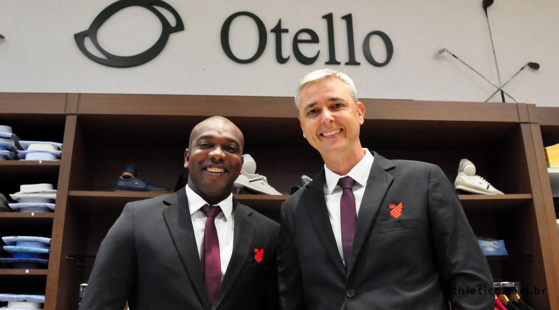 e93897b7601a4 Atletas e comissão técnica terão trajes exclusivos da Otello e Hat Trick  nas viagens internacionais